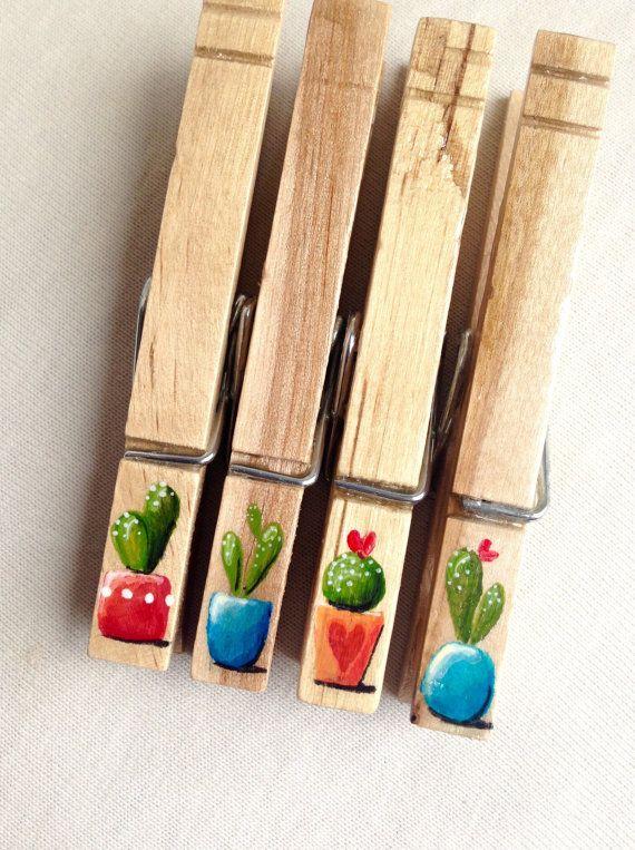 CACTUS mollette dipinte in legno boho chic di SugarAndPaint