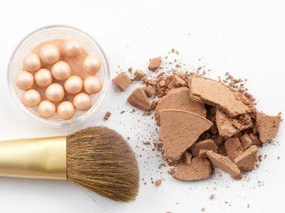 http://trucosparamaquillarse.com/2014/01/productos-de-belleza-que-no-puedes-dejar-de-tener/