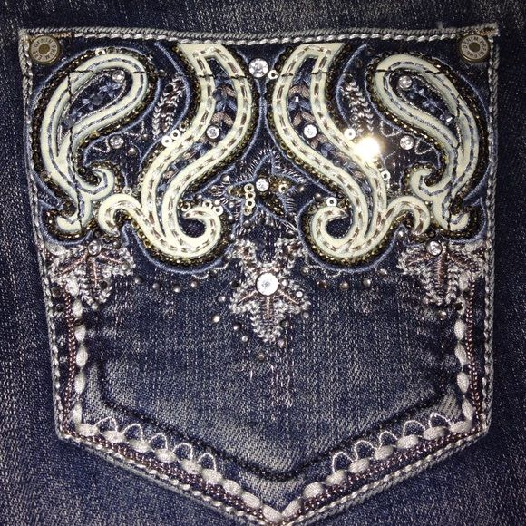 NWT EMBELLISHED JEAN SOOO SPARKLY!!! The color in the pics is a little different and they are so much more glitzy than these pics show! Purchased from Rue 21 for $40. Size 3/4 slim boot style. !!!!!! Please take a look through my closet!!! :) Premier Designs Jeans Boot Cut
