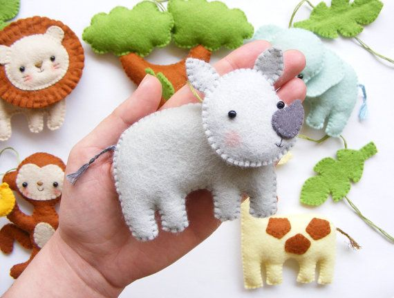 PDF pattern Safari animals. Felt baby crib mobile by iManuFatti