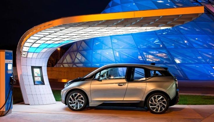 Graceful electric charging stations US-bound