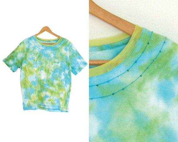 Vintage tie dye t-shirt. Hippie shirt. Womens by LiveToLiveVintage