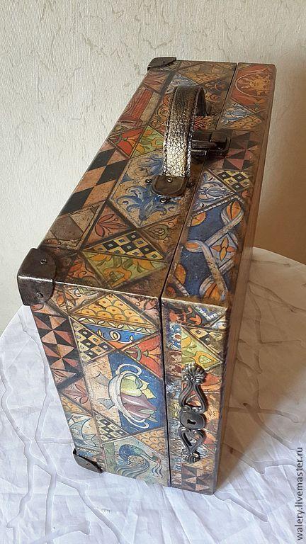 """Купить Чемодан """"Итальянская фреска"""" - орнамент, чемодан, чемоданчик, чемодан декупаж, подарок женщине"""