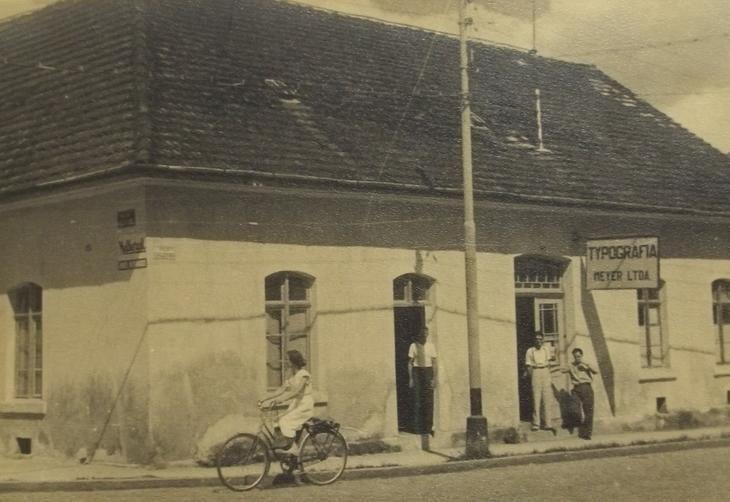 Tipografia Meyer, na então rua Cruzeiro.