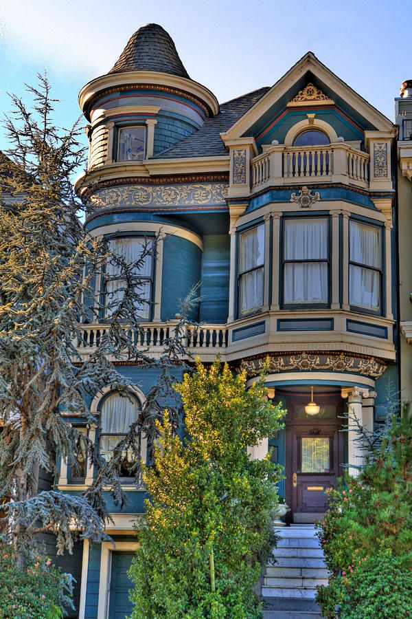 ~~San Francisco Victorian   Painted Lady, California by Paul Owen~~