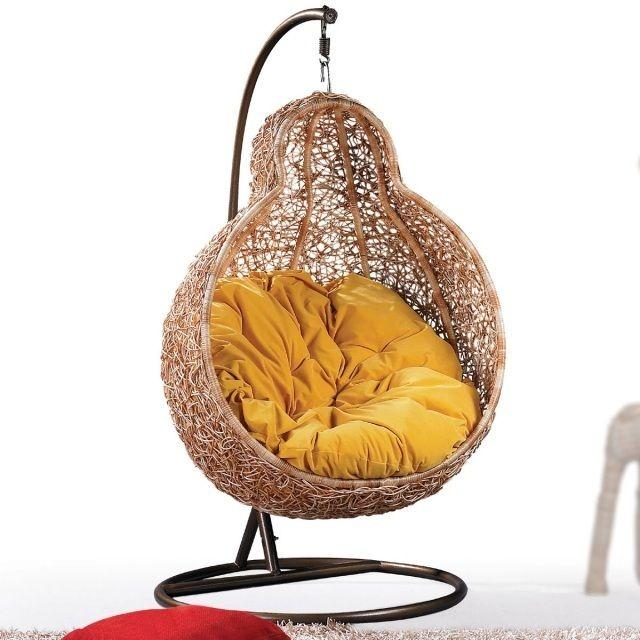 fauteuil de jardin suspendu en rotin à effet nid d'oiseau