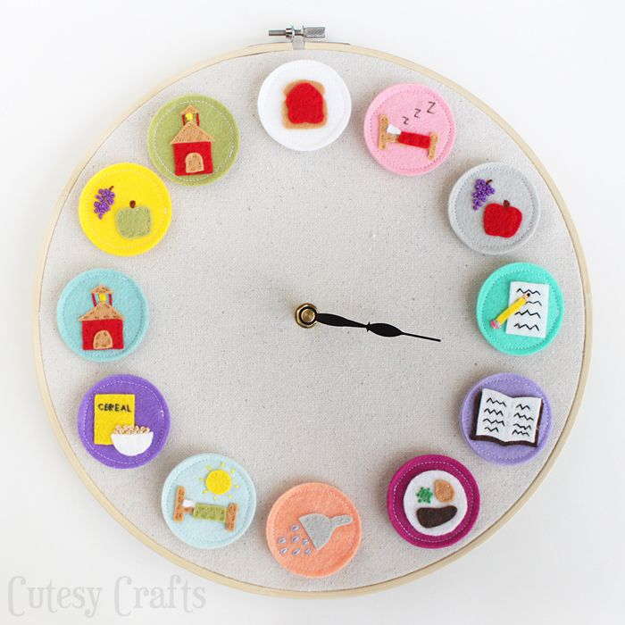 DIY Clock for Kids - Helps the kids know what activity is coming next during the day. Free patterns too!