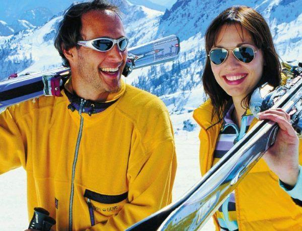 7 Thrilling Skiing Honeymoon Destinations Around the World