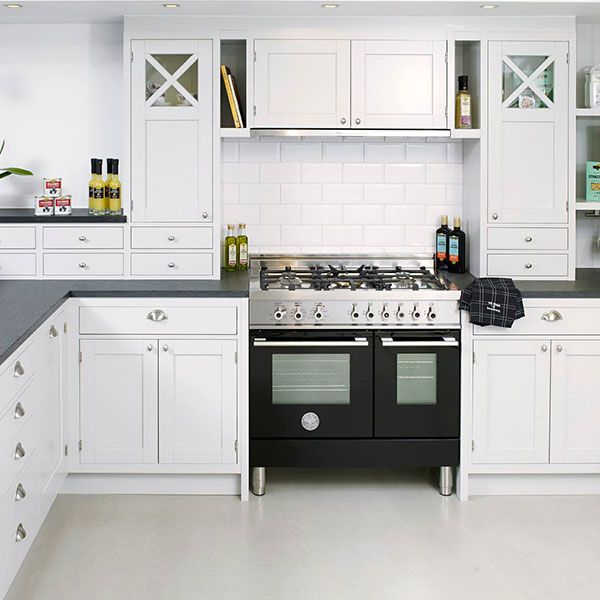 Beautiful Bertazzoni Professional Series Electric Cookers Combine Clean Lines   See  Them Exclusively In Our Store @
