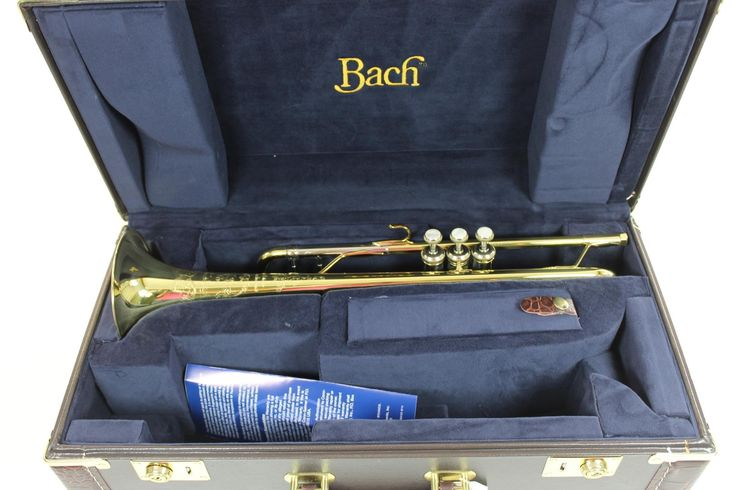 Bach Stradivarius Artisan AB190 Professional Trumpet in Bb MINT