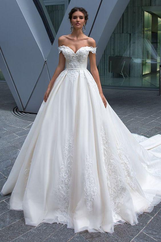 Charming Tulle Wedding Dress Tulle Off Shoulder Wedding Dress Neckline Natural Waistline Bridal A-line Wedding Dress With Beaded Lace Appliques