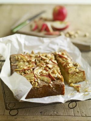 Pink lady apple cake with hazelnut caramel topping