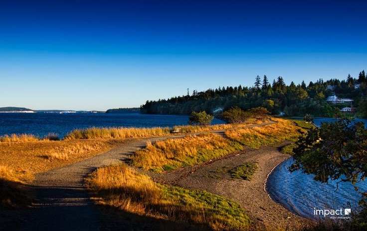 Piper's Lagoon Nanaimo is a locals favorite for picnics and leisurely hiking. Awesome views across to Vancouver & Sunshine Coast. Watch the sunrise and sunset on this beautiful beach just minutes from downtwon Nanaimo.