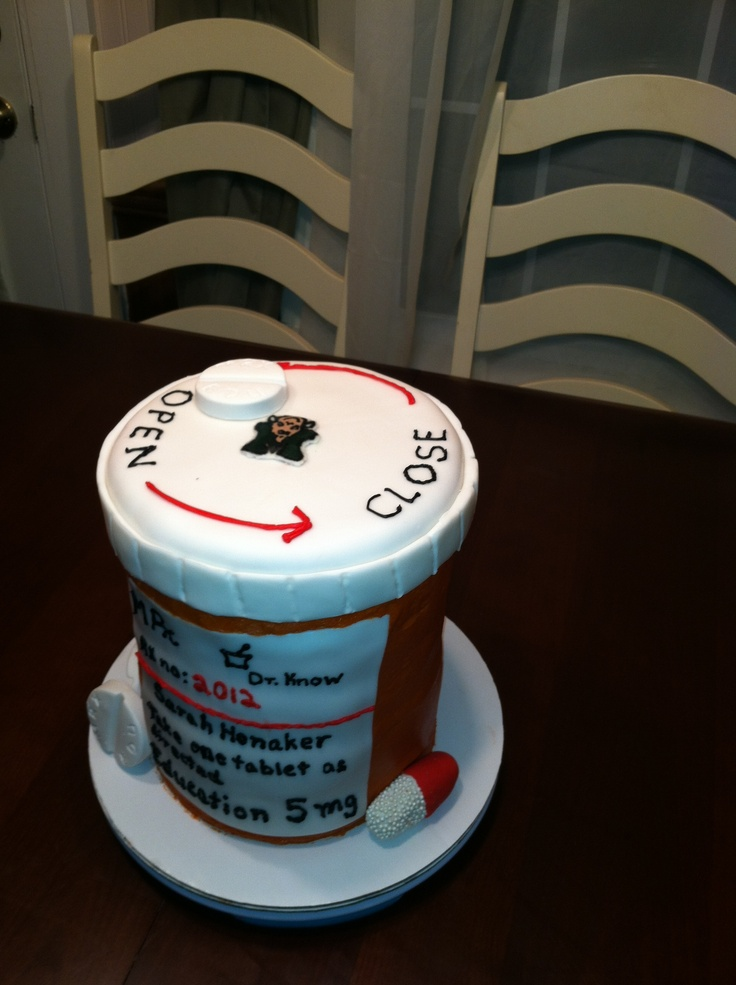 Pill Bottle Pharmacy Cake Pharmacy Pinterest Bottle