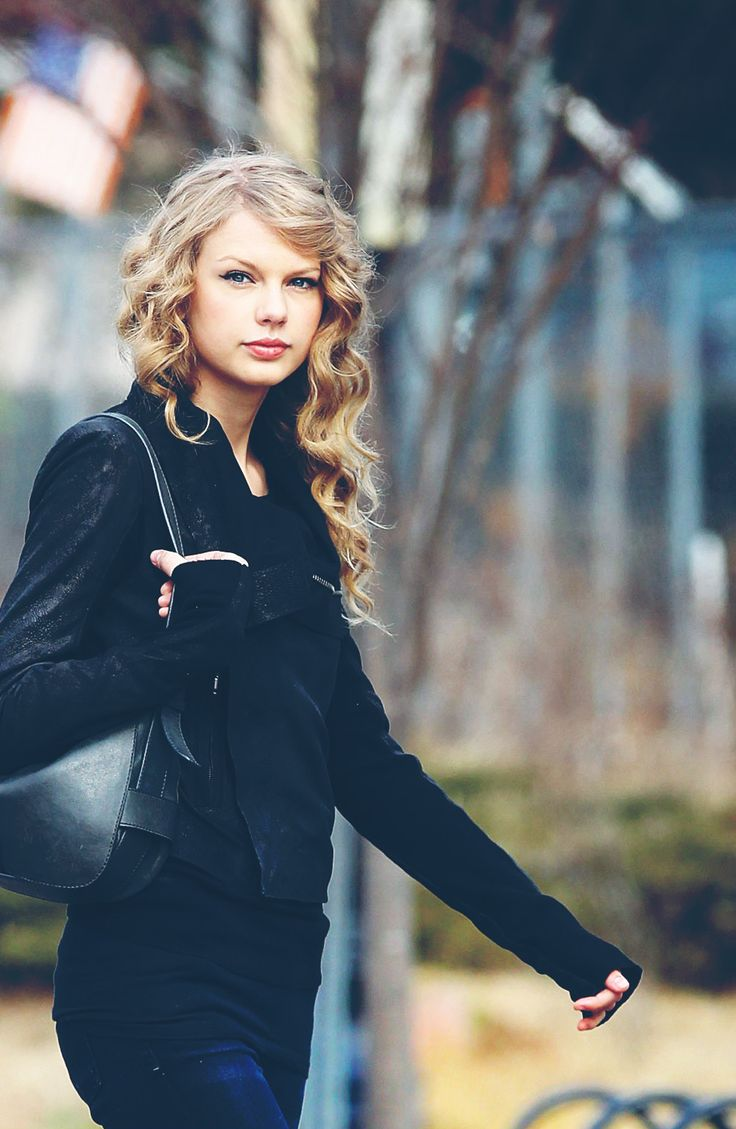 Face Claim: Taylor Swift } Hi! I'm Taylor Scott! I am 17 years old, and I'm single. I have two brothers and a sister, my one brother and my sister are popular, my other brother and I aren't. I am a singer/songwriter. I'm working to get a record deal to make my first album. I have a cat, she's named Meredith and she's my best friend. Like, cats are my favorite thing ever... It's really bad... Um.. *chuckles* introduce?