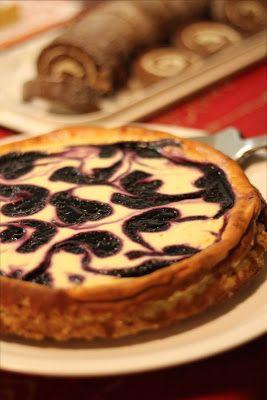 marmoroitu mustikka-juustokakku