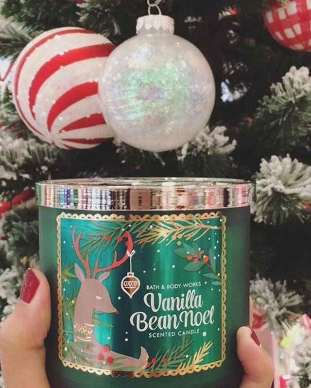 This Candle has us soooooo ready for Christmas! ❤️ What about you? #PerfectChristmas