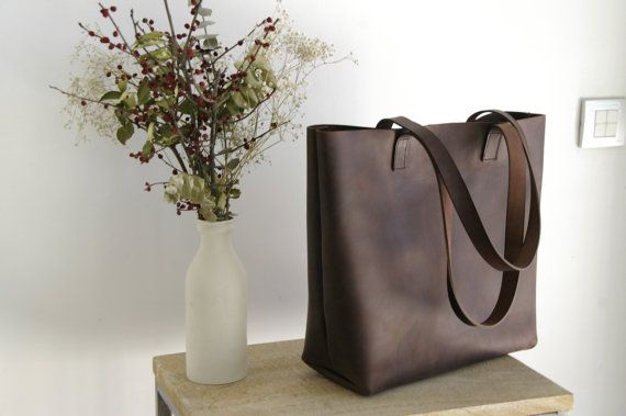 Large Brown Leather tote bag handles sewn. Cabas Illa