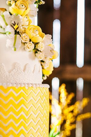 Lavish Dulhan South Asian bridal magazine; yellow & white flowers rustic wedding cake