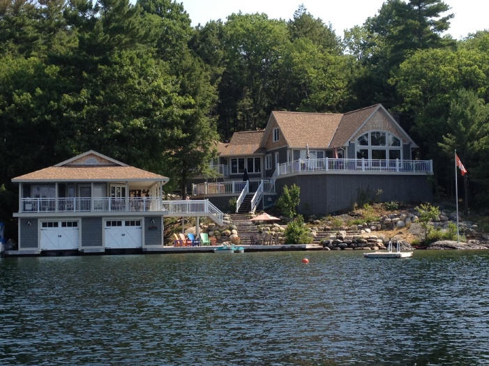 Muskoka cottage listings boat houses pinterest for Lakefront cottage plans canada