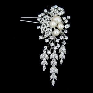 Vintage 1940s style wedding bridal pearl hair comb by retrobridal, $80.00