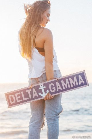 Delta Gamma Vintage Sign | The Social Life