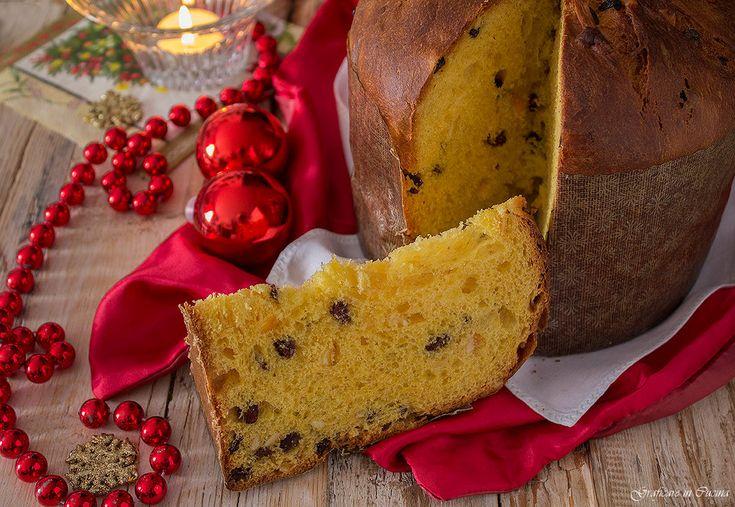 Per la merenda o per la colazione il plumcake cacao e yogurt al profumo di arancia è ideale, perché è un dolce semplice e leggero.