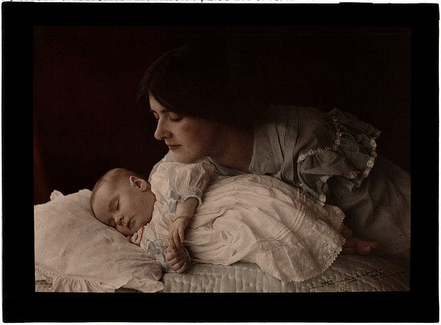 'Mother and Child' | Henry Essenhigh Corke (1883-1919) | This is an #autochrome - an early colour process which used a glass plate covered in microscopic, red, green and blue grains of potato starch.