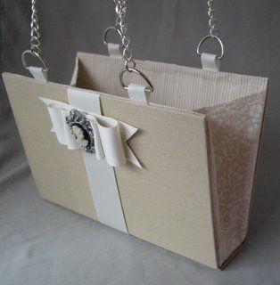 A purse from a book. (Tutorial)
