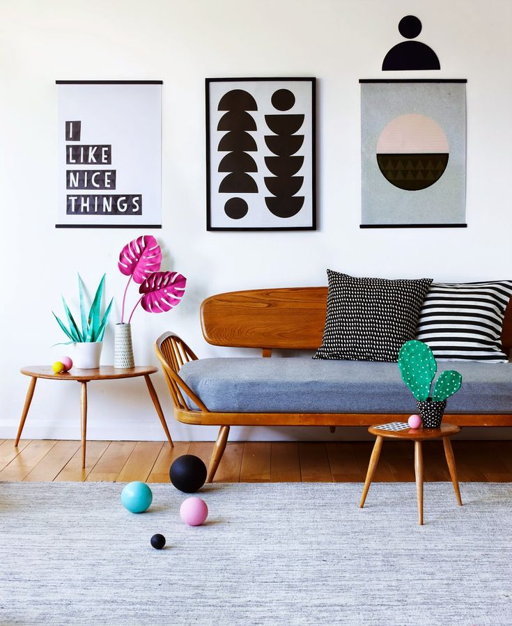 simple style, pops of colour with black and white - love