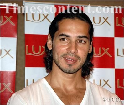 Dino Morea, Indian actor, former model, b. 1975