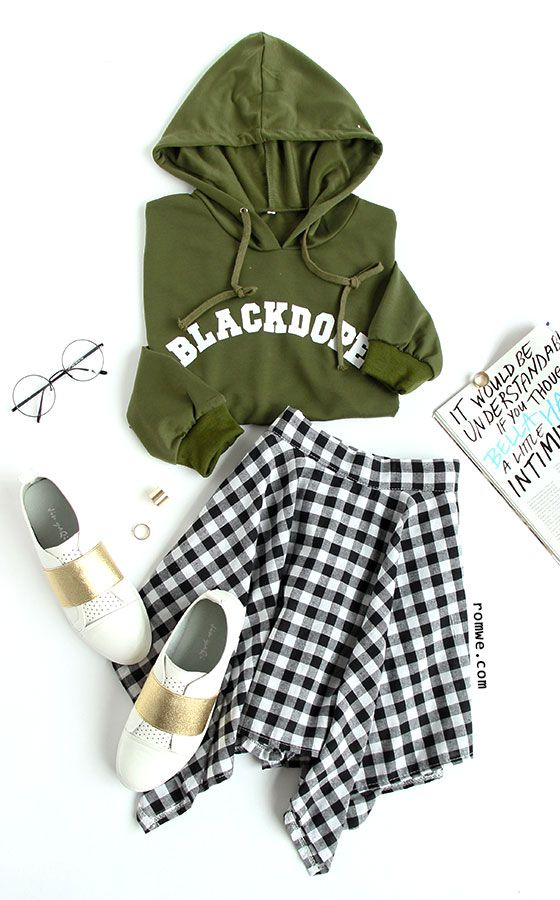 Letter Print Raw Hem Crop Sweatshirt with plaid skirt and white sneakers from romwe.com