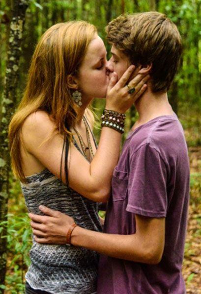 (47) Mackenzie Lintz as Norrie Calvert Hill, and Colin Ford as Joe McAlister - #Under The Dome #2013-2015