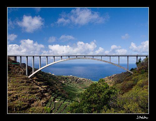 Puente de Los Sauces. La Palma
