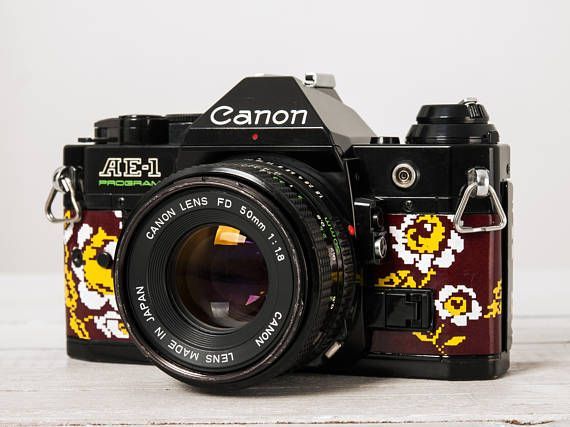 Canon AE-1 Program + 50/1.8! functional vintage 35mm film analog SLR camera, Portrait lens, Cap, Genuine leather, Neckstrap, New Lightseals!