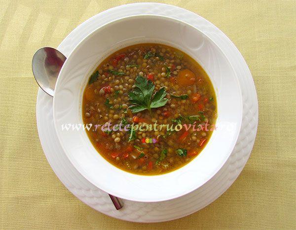 Ciorba de linte este gustoasa, hranitoare, sanatoasa si consistenta, ideala pentru perioadele de post si de dieta.
