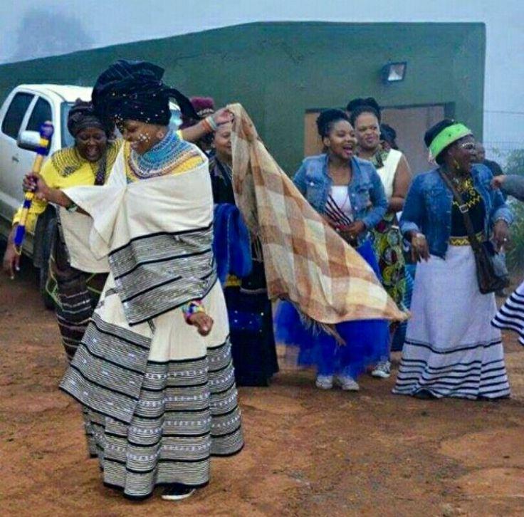 Umakoti ngowethu Siyavuma Ungowethu ngemphela  Siyavuma