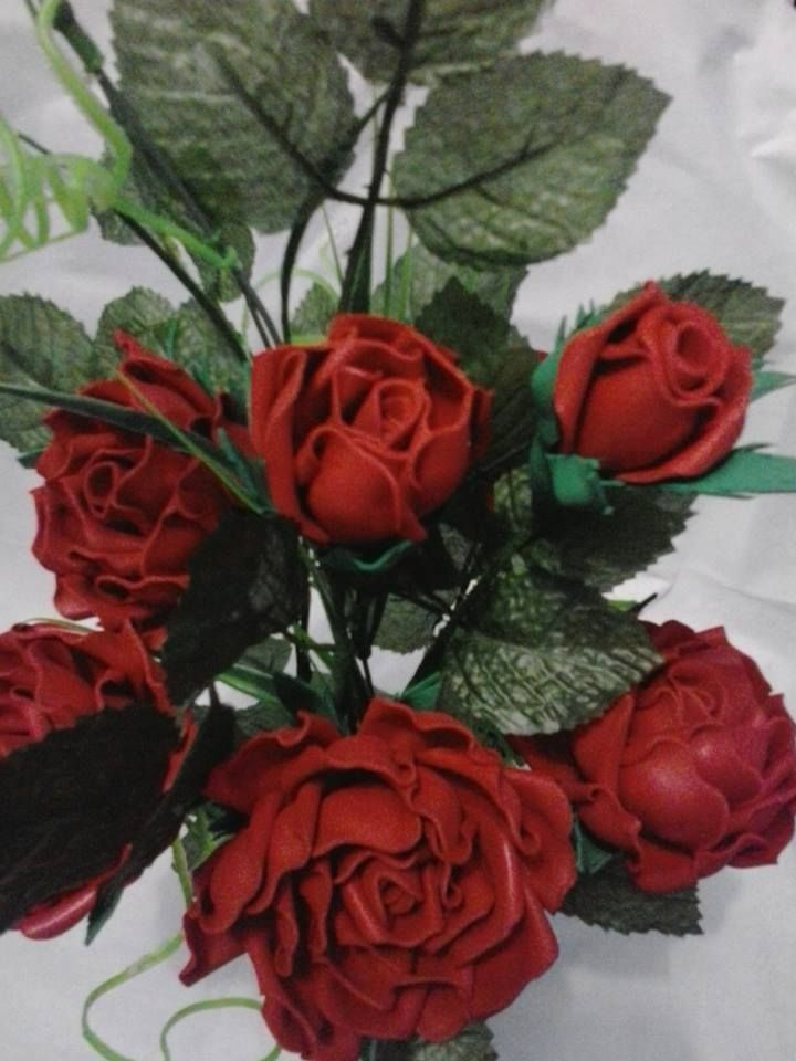Arranjos de Rosas em E.V.A