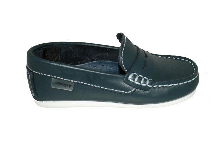 #kids #shoes Μοκασίνι Mούγερ δερμάτινο, μπλε με ανατομικό πέλμα. www.mouyer.gr/store/products/collections/season2015S/itemA18017-6000-27