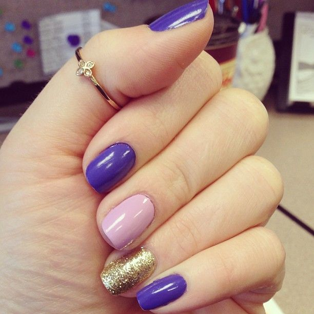 Cute manicure with a Moraley Stackable Ring by Stella & Dot.