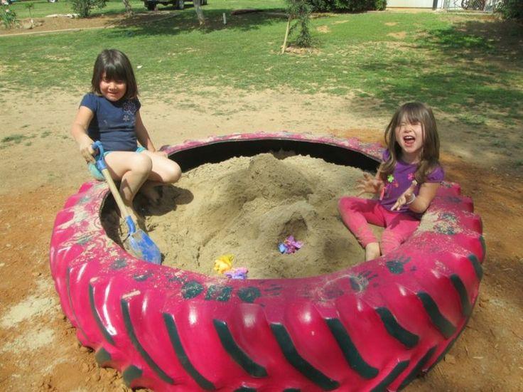 bac à sable à fabriquer soi-même en ancien pneu de tracteur agricole