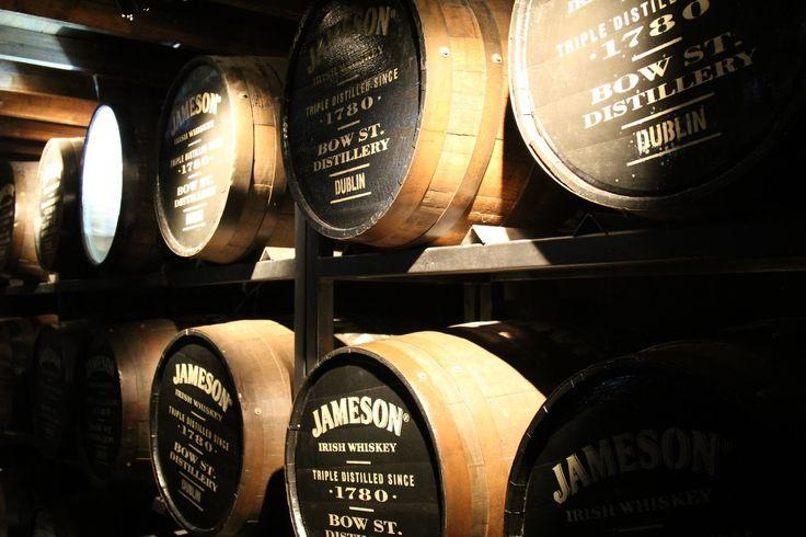 THE TREKKING CAT: Dublin, Ireland: Jameson Distillery Tour