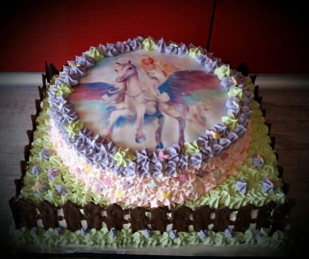 Tort z opłatkiem Barbie