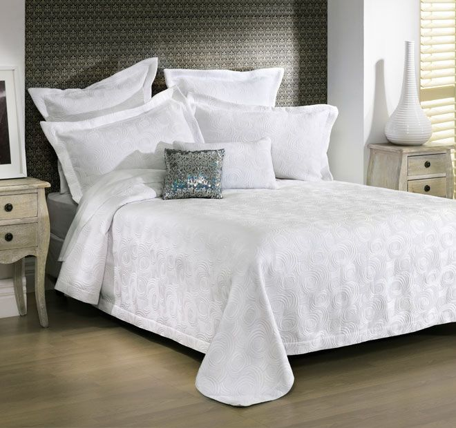 Regent White BIANCA - A luxurious jacquard fabric will give a fresh and opulent look to your bedroom. Features: Light weight and ideal for warm, Summer nights, Super soft texture and feel - #coverletsandcomforters