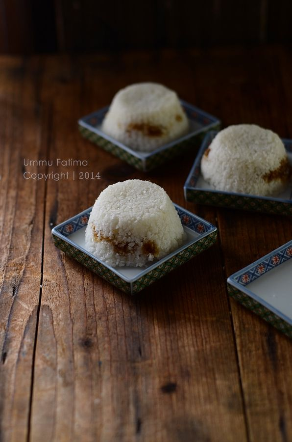 Simply Cooking and Baking...: Kue Putu
