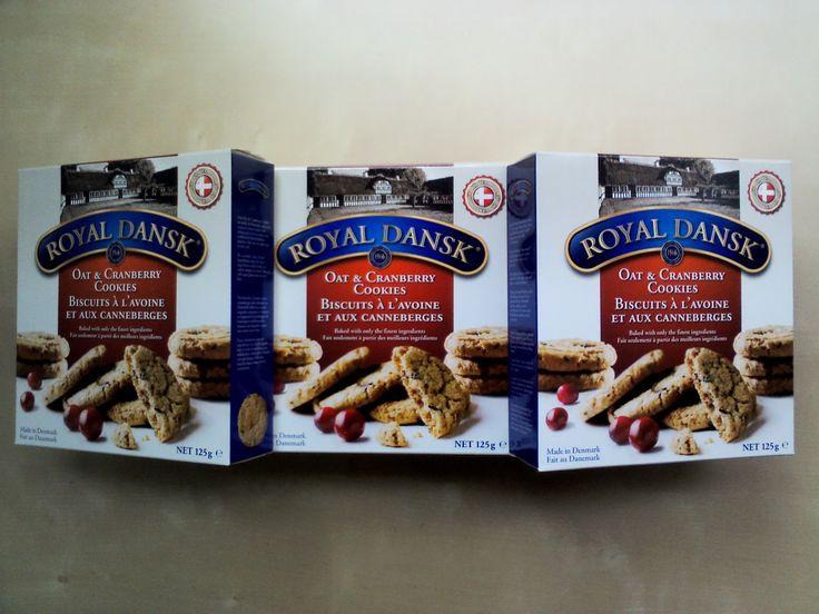Yaban mersinli kurabiye böyle olur!   Royal Dansk Yulaf Yaban Mersinli Bisküvi  www.cikolatalimani.com