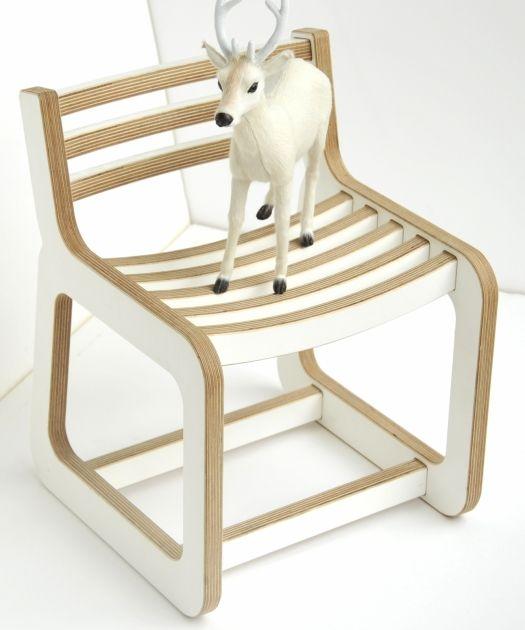 Chaise enfant design Unto This last blanc et bois