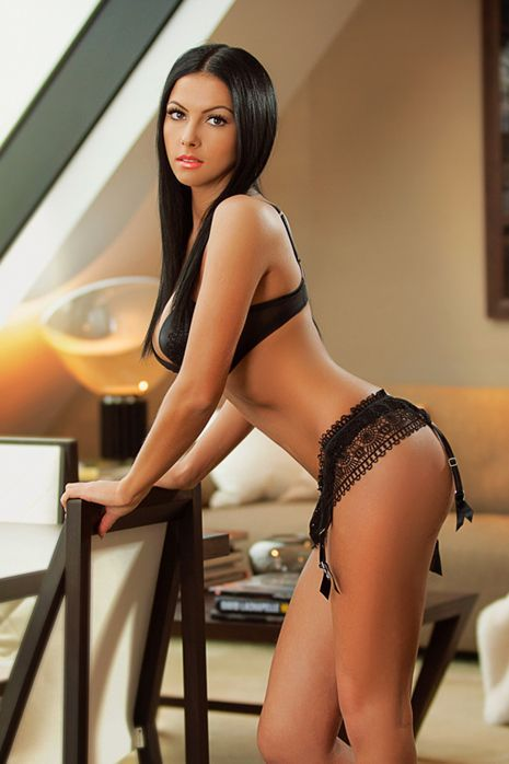 casa hot babes escorts
