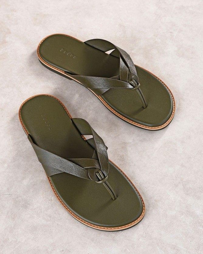 fa22116d7 Criss Cross Thong Sandals