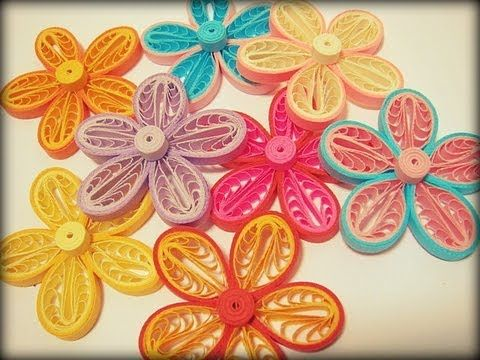 quilling video tutorial: Teary loops flower tutorial ... YouTube ... uses a comb ... lovely flowers ...